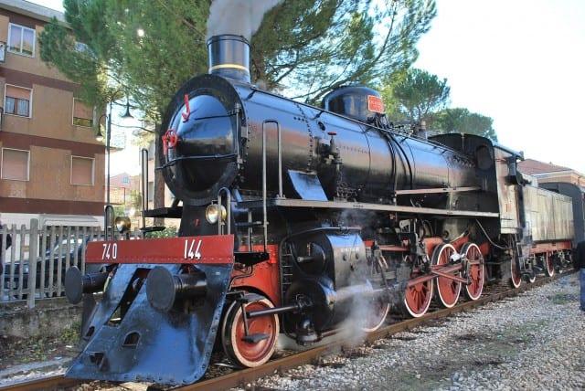 Locomotiva a vapore a Tolentino