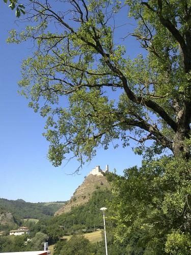 La rocca dei Varano a Sfercia di Camerino